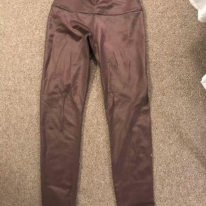 ALO Yoga Pants - Alo Women's 7/8 High Waisted Shine Leggings